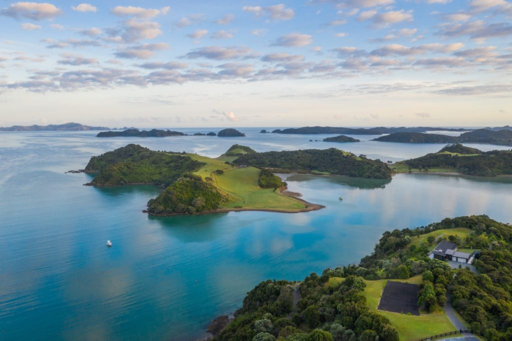 Bay Bay Of Islands Shaun Jeffers